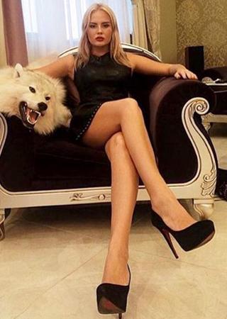 Elképesztő luxus! Így mulatnak a milliomos orosz fiatalok!